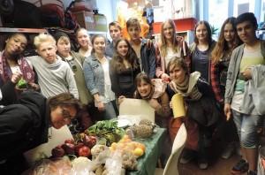 Schulgruppe der kath. Bonifatiusschule Hamburg 215